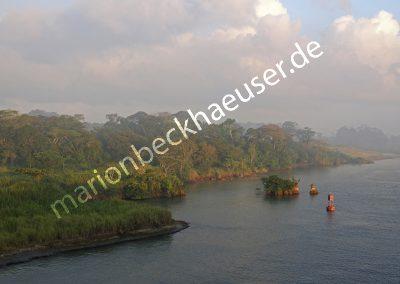 Morgendämmerung-am-Panamakanal